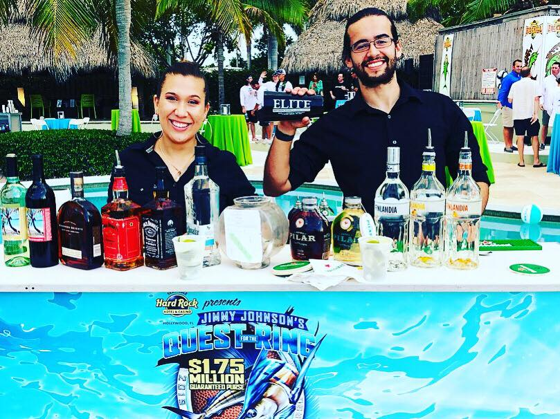 Mobile Bar Services in Miami.  Rent a Bar in Miami.
