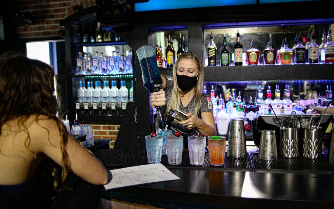 Hire a bartender Miami Miami bartending service