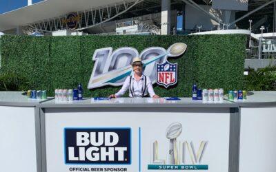 Hire a bartender for Miami event.